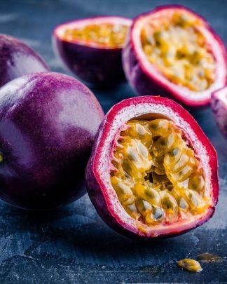 Passiflora edulis 'Purple Possum', Passion Fruit Vine
